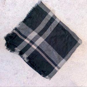 Old Navy Plaid Scarf Blanket
